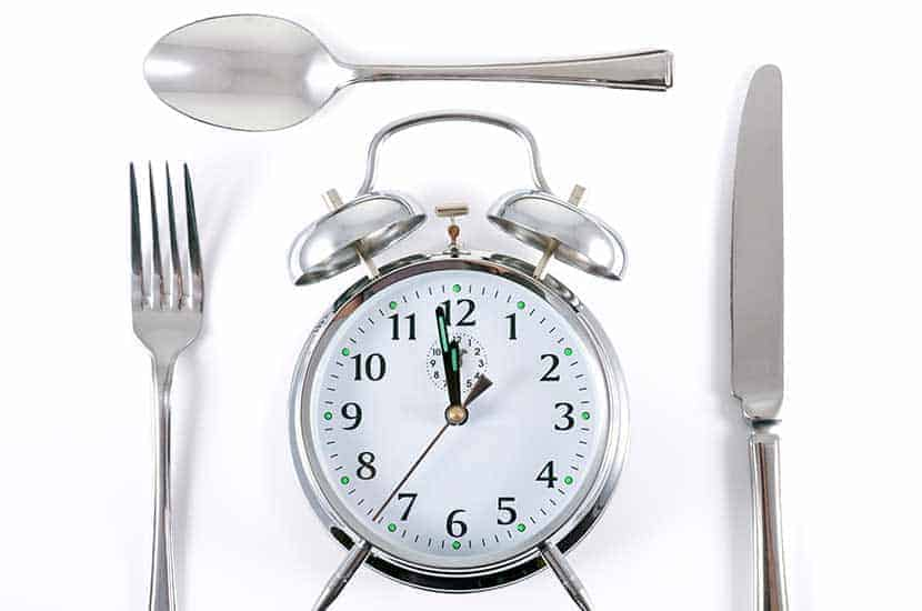 Prendre Prolesan Pure une demi-heure avant le petit déjeuner et une demi-heure avant le déjeuner